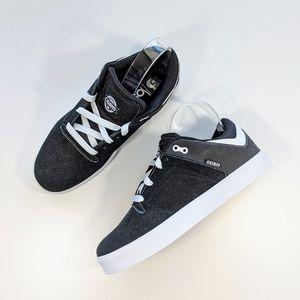 NWOT Osiris Techniq VLC Skate Shoe Black/White